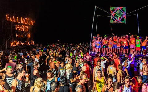 Haad rin beach full moon party